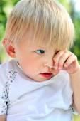 Sad Baby Boy outdoor — Stock Photo