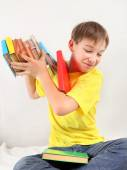 Teenager throw out the Books — Stock Photo