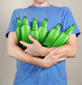 Consumer with a lot of bottles of beer in their hands — Fotografia Stock