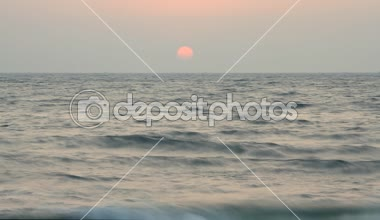 Evening scene with sunset on sea — Stock Video