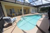 Pool, Spa and Lanai — Stock Photo