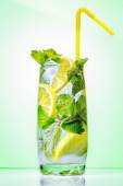 Cocktail with mint and lemon  — Stock Photo