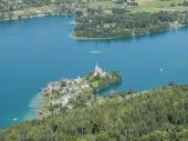 View of Lake Worthersee — Stock Photo