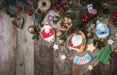 рождественские украшения и печенье — Стоковое фото