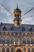 Municipio sulla piazza centrale a mons, belgio. — Foto Stock