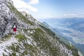 Hiker at Norkette mountain, Innsbruck, Austria. — Stock Photo