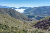 Route 13 zu iruya in der provinz salta, argentinien — Stockfoto