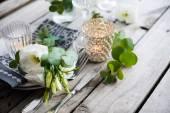 Summer wedding table decoration — Stock Photo
