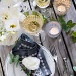 Summer wedding table decor — Stock Photo #76051753