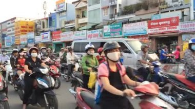 Crazy traffic in Ho Chi Minh — Stock Video