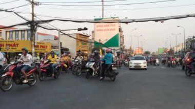 Crazy traffic in Vietnam — Stock Video