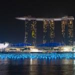 Marina Bay Sands hotel and casino complex at nignt — Stock Photo #73414085