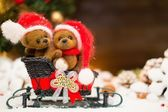 Small toy bears on a sleigh in christmas still life  — Stockfoto