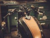 Vintage style cafe-racer motorcycle — Stock Photo
