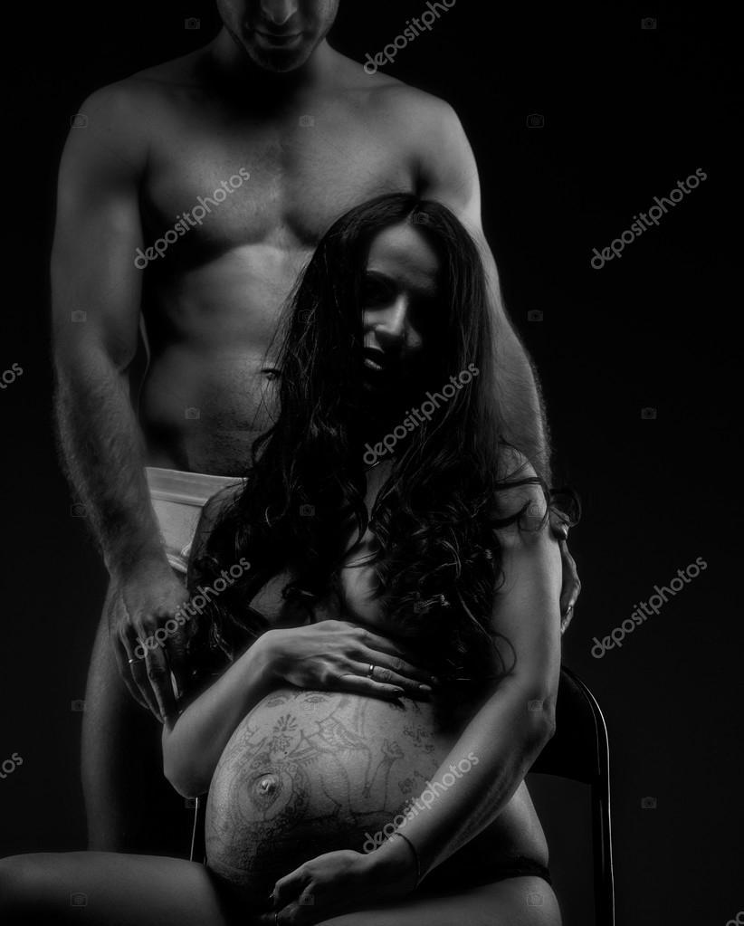 Do men find pregnant women sexy
