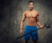 Shirtless muscular guy with big hummer. — Stock Photo