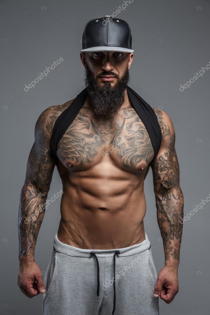 uomo nudo gay muscle male escort