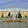 The Grand Cascade, palace and Samson Fountain in Peterhof, — Stock Photo #71658621