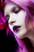 Beautiful girl with pink hair,  close-up — Stock Photo