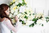 Portrait of beautiful bride. Wedding decoration — Stock Photo