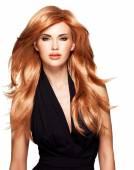 Kızıl saçlı güzel kadın — Stok fotoğraf