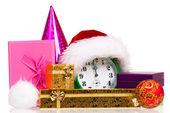 Budzik z santa hat — Zdjęcie stockowe