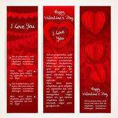 Vertical red banners set with garlands of paper hearts for Valen — Vetor de Stock