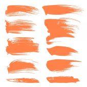 Punti astratti di vernice arancione isolato su sfondo bianco — Vettoriale Stock