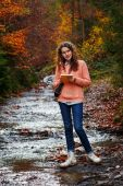 Young artist at mountain — Stok fotoğraf