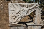 Bas relief ofwinged harpy — Stock Photo