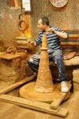 Master craftsman makes pottery — Stock Photo