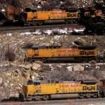 Freight train in narrow canyon — Stock Photo #58921581
