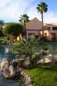 Pool and Southwestern style hotel — Stock Photo