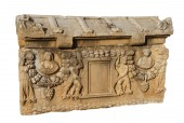 Elaborate carvings on  sarcophagus — Stock Photo