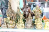 Hindu gods and Buddha statues — ストック写真