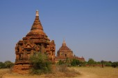 Red Sandstone stupas and temple — Stock Photo