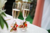 Wedding champagne on the ceremony — Stock Photo