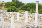 Classical Greek altar  — Stock Photo