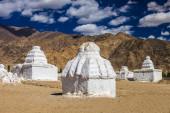 Many stupas — 图库照片