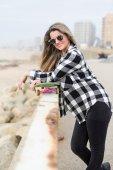Beautiful female Skateboarder — Stock fotografie