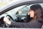 Woman in panic after  car crash — 图库照片