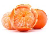Peeled tangerine or mandarin fruit  — Stock Photo