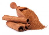Ground cinnamon powder — Stock Photo