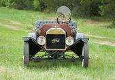 Retro car Ford T model 1908 — Stock Photo