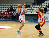 A. Petrakova (31) versus K. Antic (15) — Stock Photo