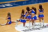 Dancing cheerleaders — Stock Photo