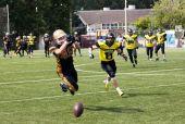 Alexeev Grigoriy (48) catch the ball — Stock Photo