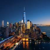 New York City - beautiful colorful sunset over manhattan — Stock Photo