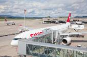 Swiss airlines Airbus at Zurich Airport — Stock Photo