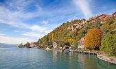 Oberhofen village on the lake Thun — Stock Photo